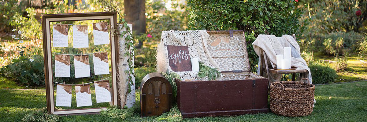tre posti wedding- garden grove display